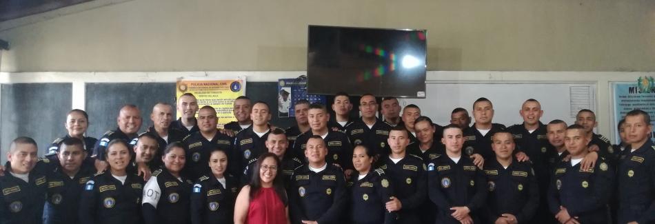 Servicio Nacional de Facilitadores Judiciales realiza Curso impartido a la  V Promoción de la  Escuela de Formación de Oficiales de la  Policía Nacional Civil