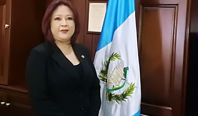Consejera Titular del Consejo de la Carrera Judicial con Licenciatura o Postgrado en Administración Pública, Licenciada Yesika Lissette Chiapas Pérez.
