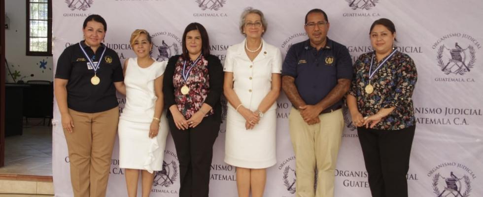Conmemoran aniversario del Juzgado de Niñez y Adolescencia de Izabal